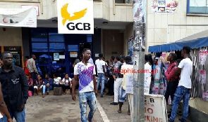 Photo of Mad rush for police recruitment forms at GCB Bank