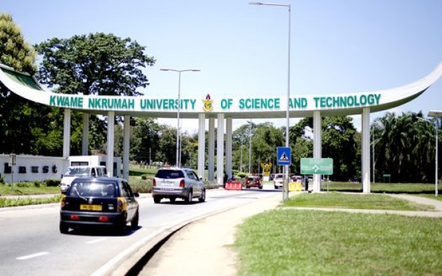 Photo of KNUST senior staff join strike over 'unfavourable' service conditions
