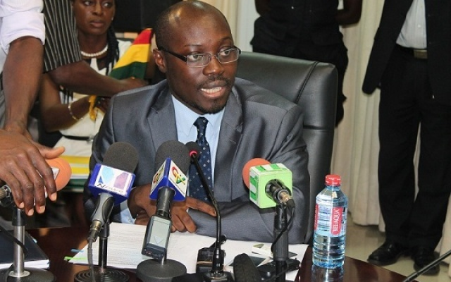 Photo of Rise up to Akufo-Addo's epidemic borrowing – Minority to Ghanaians