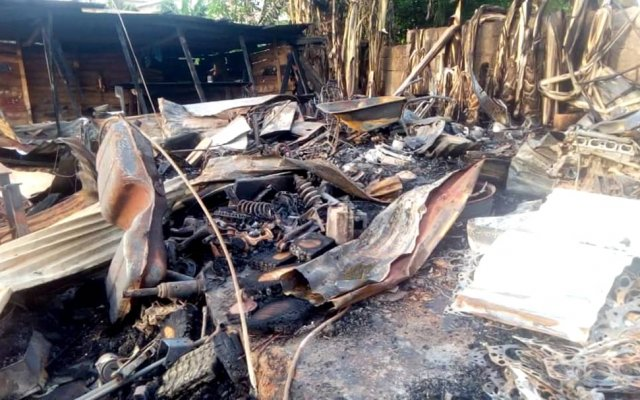 Photo of Fire destroys 10 mechanic shops, cars in Kumasi
