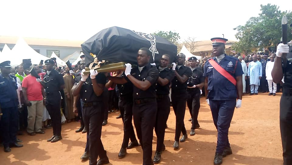Photo of Video+ photos: Murdered Kosoa Policeman laid to rest at Abuakwa