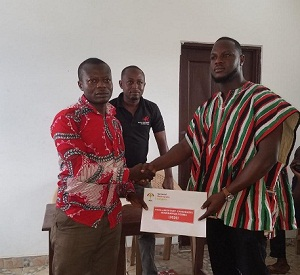 Photo of Asokwa NDC primaries: Business man picks forms