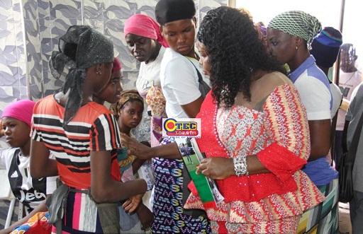 Photo of Photos: BCI screens hundreds of 'Kayayes' in Kumasi