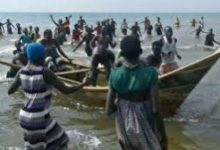 Photo of Over 20 people feared dead after boat capsized on Volta Lake