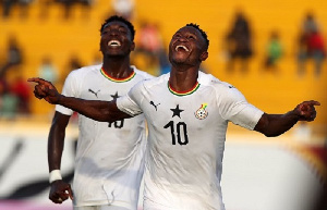 "Photo of GFA fulfills promise to Black Stars ""B"" team"