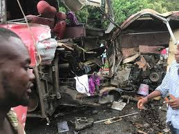 Photo of 10 die in gory accident at Obuasi Dunkwa