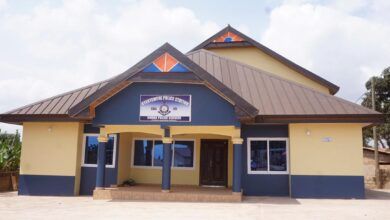 Photo of A/R: Atwima-Kyekyewere Chief builds ultramodern Police Station for his Community