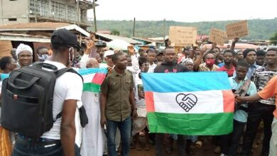 Photo of Western Togoland group block entries to V/R