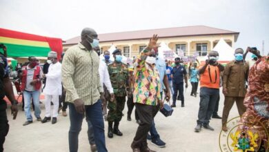 Photo of Akufo-Addo commissions 204 affordable housing units in Tema