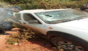 Photo of Fomena Road: Armed robbers shoot dead young Policeman escorting bullion van, steal cash, Ak 47