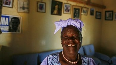 Photo of Barack Obama's Kenyan grandmother dies, aged 99