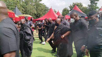Photo of Akufo-Addo, Bawumia, Asiedu Nketia, others storm Wonoo to pay last respect to Sir John ( Video+photos)