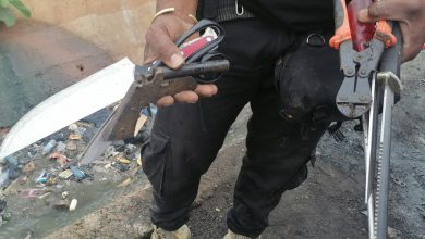 Photo of Police arrest suspected criminals in swoop, retrieve weapons in Kumasi